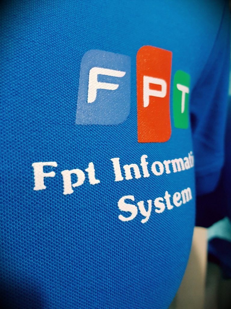 In logo đồng phục FPT